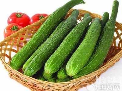 孕妇初期可以吃黄瓜吗 孕妇吃生黄瓜还是熟黄瓜好